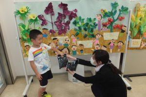 緑が丘支店 園児絵画展を開催🎨